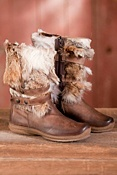Women's Genevra in Italy Leather Boots with Coyote Fur Trim