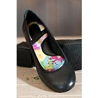 Women's Born Julianne Leather Flats, Black, Size 8 Western & Country