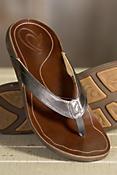Women's Olukai Kumu Leather Sandals