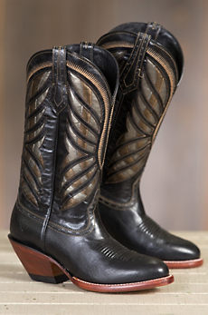 Women's Ariat Gentry Leather Cowboy Boots