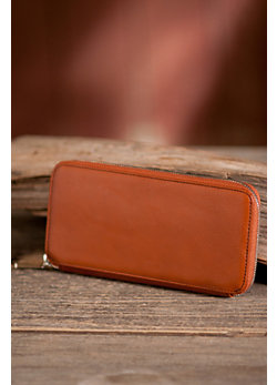 Women's Hobo Lucy Leather Clutch Wallet