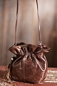 Women's Hobo Hannah Leather Bucket Bag
