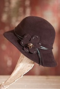Women's Callanan Wool Felt Cloche Hat