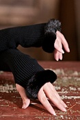 Women's Cashmere Fingerless Gloves with Mink Fur Trim