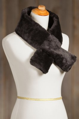 Sheepskin Pull-Through Scarf