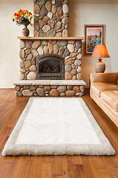 Overland 4' x 6' Bordered Short Wool Premium Australian Sheepskin Rug