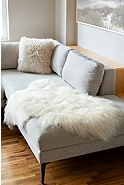 Overland Single-Pelt Icelandic Sheepskin Rug
