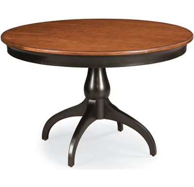 Cinnamon Hill - Round Table