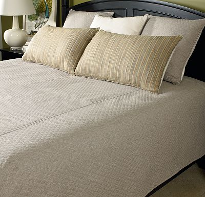 Accessories - Top of Bed - Awakenings - Avondale Bowen King Coverlet - Dune