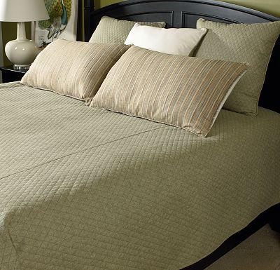 Accessories - Top of Bed - Awakenings - Avondale Bowen King Coverlet - Spring