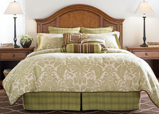 Accessories - Top of Bed - Awakenings - Charleston Park Comforter Set (Super Queen)