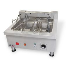 APW Wyott EF-30I S/S Electric Countertop Fryer with 2 Full Baskets