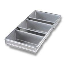 Chicago Metallic 44235 Aluminized Steel Glazed 3-Strap Loaf Pan Set