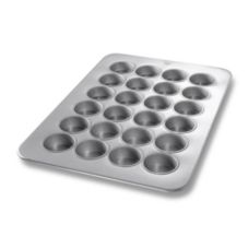 Chicago Metallic Glazed Aluminized Steel 24 Cup Texas Size Muffin Pan