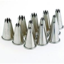 Browne Foodservice 50409 12-Piece Stainless Steel Star Pastry Tip Set