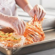 "Food Handler High Heat Liner for Full Size 2.5 or 4"" Deep Pans"
