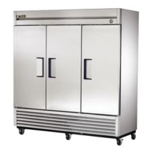True® T-Series 3-Door 9-Shelf Reach-In -10°F Freezer