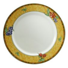 "Oneida E3191085149 Berries 10-5/8"" Porcelain Rnd Plate - 24 / CS"