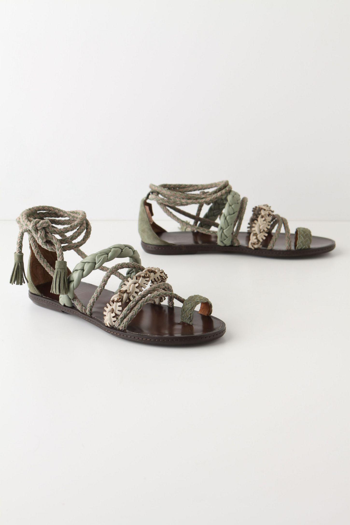 e96622e2aa96 Weaver Finch Sandals