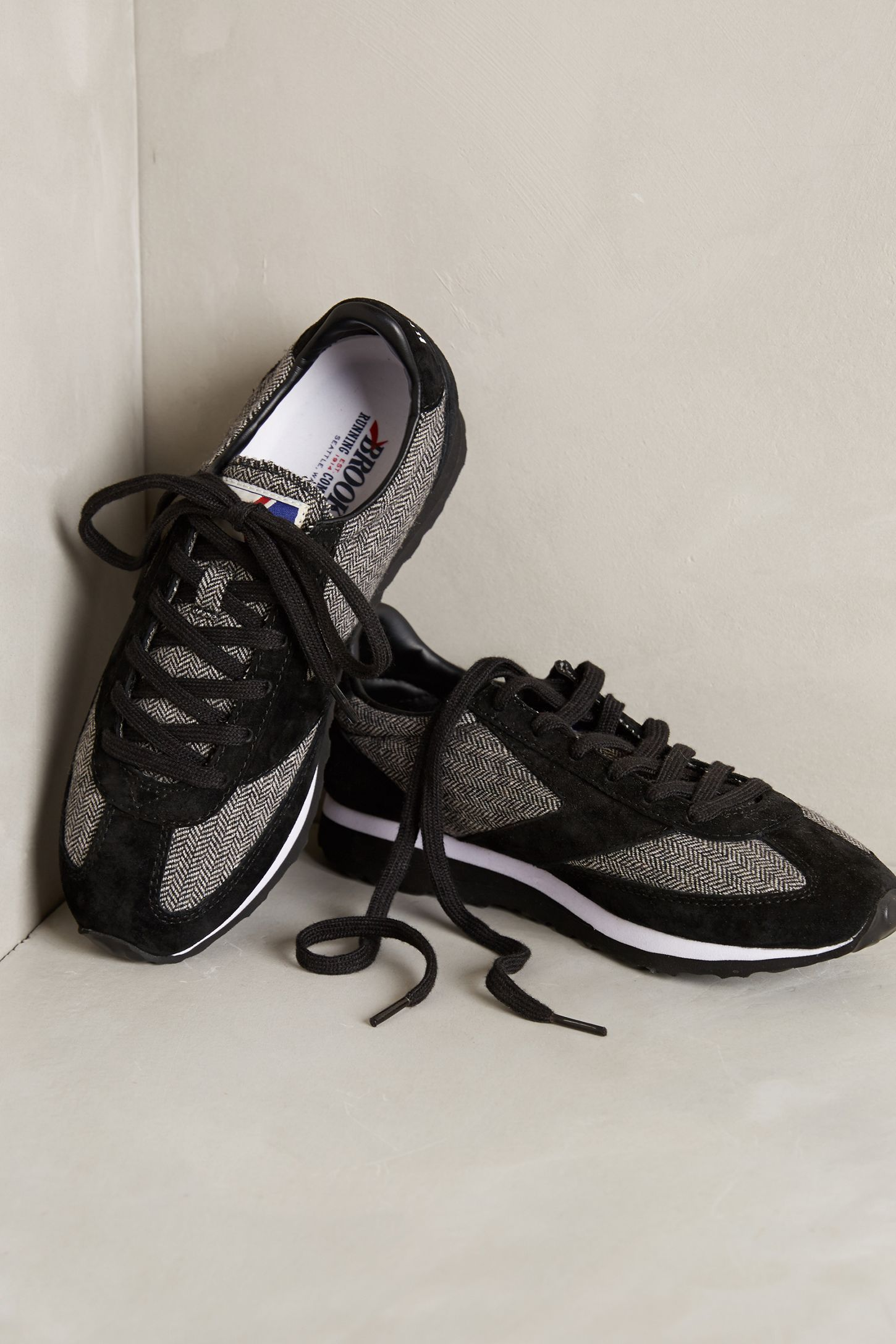 e148944561f5f Brooks Vanguard Sneakers