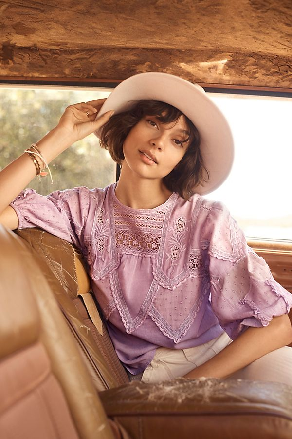 Slide View: 1: Aderyn Puff-Sleeved Lace Blouse