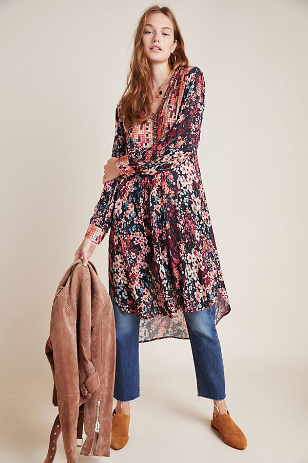 Slide View: 1: Lucia Tunic Blouse