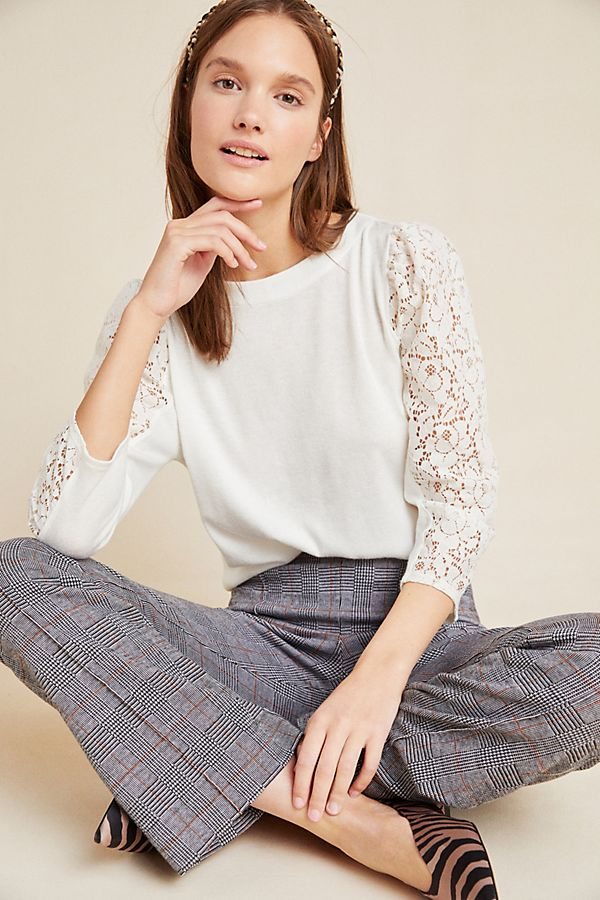 Slide View: 1: Halley Lace Pullover