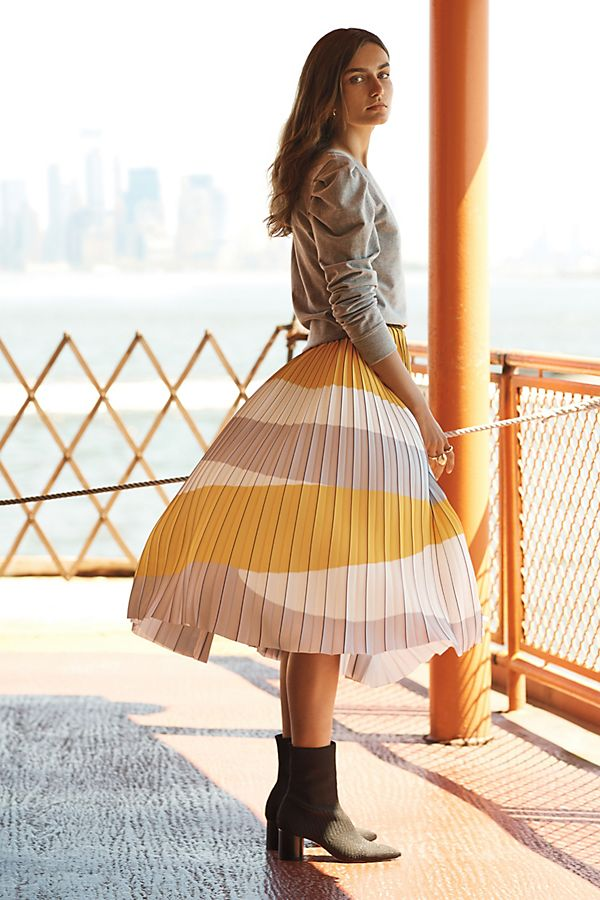 Slide View: 1: Pleated Geo A-Line Skirt