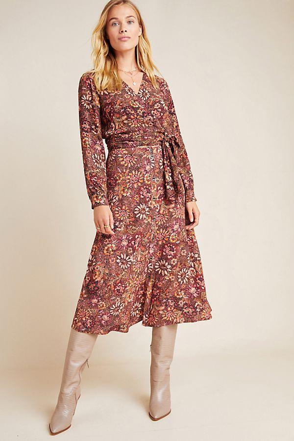 Slide View: 1: Sadie Floral Midi Skirt