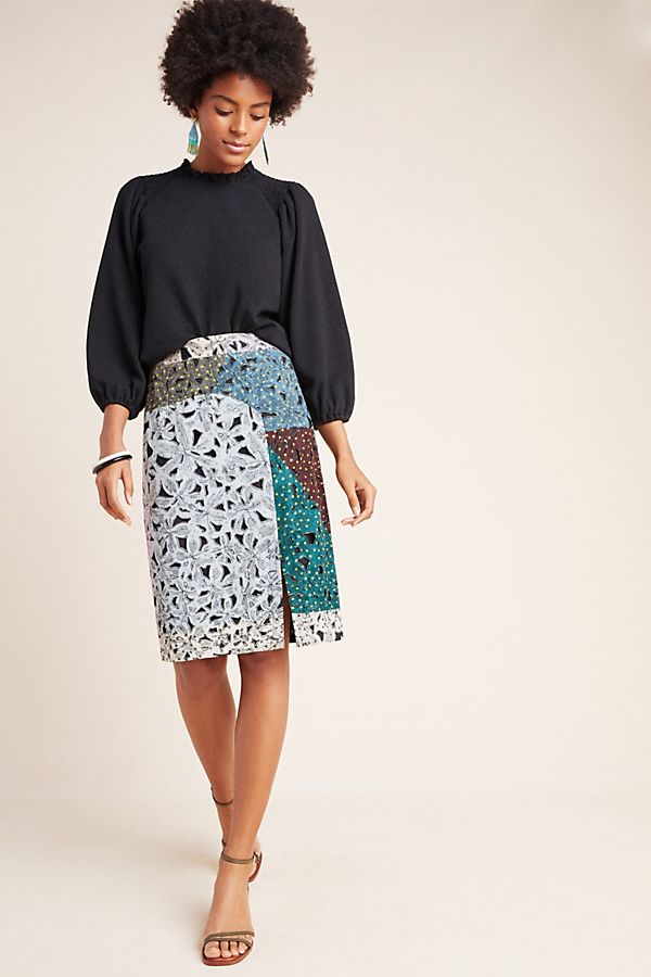 Slide View: 1: Victoire Abstract Pencil Skirt