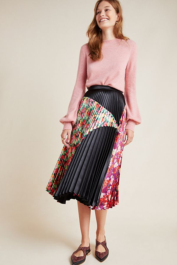 Slide View: 1: Clara Pleated Midi Skirt