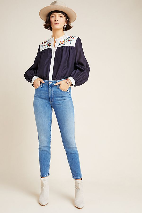 Slide View: 1: MOTHER The Looker Mid-Rise Cropped Skinny Jeans