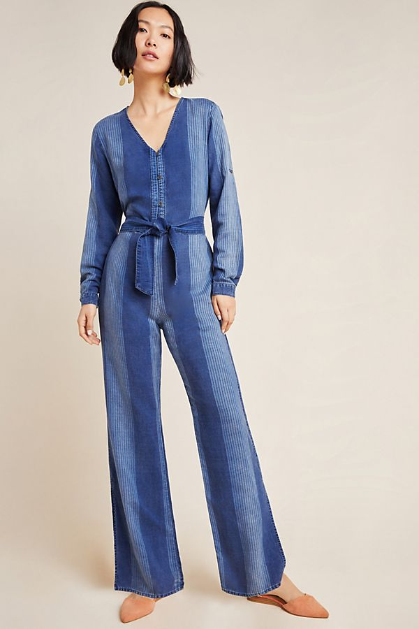 Slide View: 1: Cloth & Stone Laney Chambray Jumpsuit