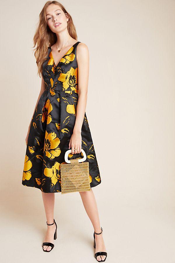 Slide View: 1: Eileen Jacquard Floral Midi Dress