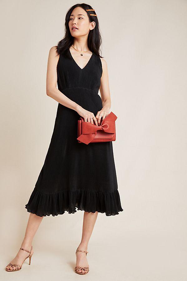 Slide View: 1: Vera Pleated Maxi Dress