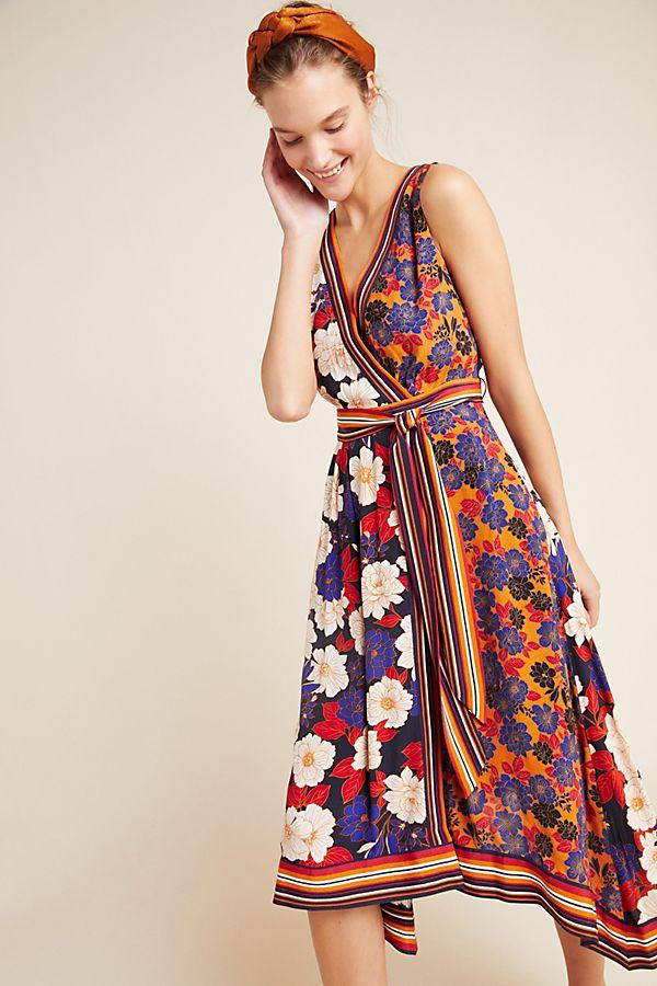 Slide View: 1: Cassandra Midi Dress