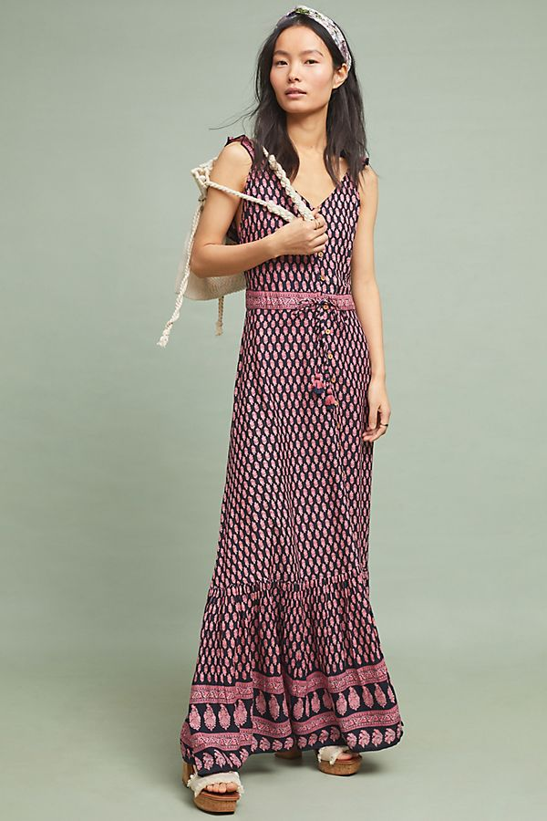 dcb9a848e40 Slide View  1  Avah Petite Maxi Dress