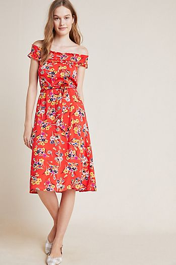 Colloquial Off-The-Shoulder Dress 11b212009