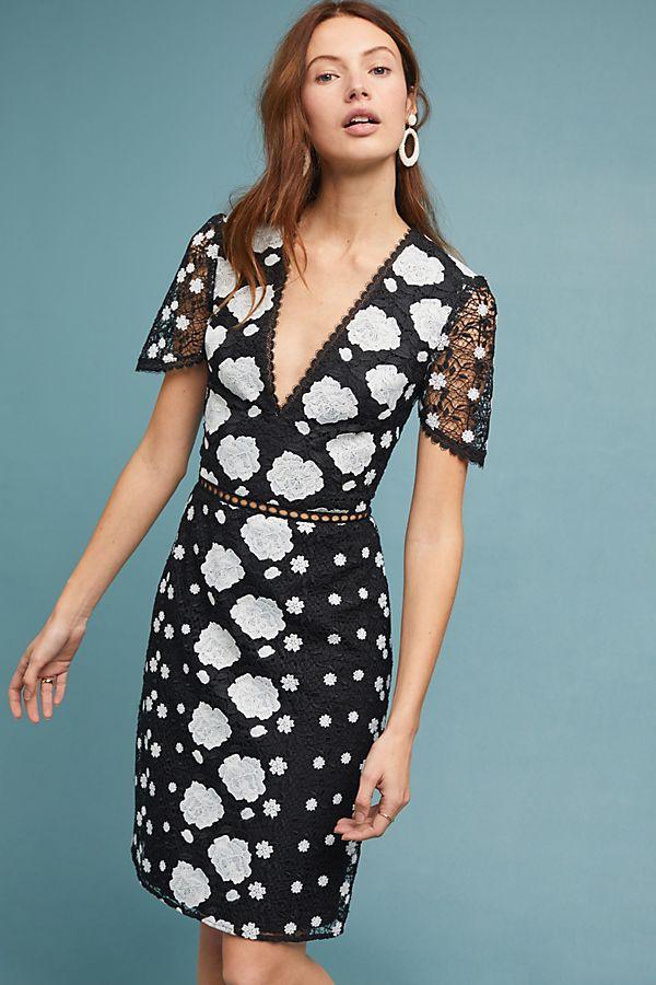 52fcf488718 ML Monique Lhuillier Eva Lace Dress