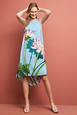 Slide View: 1: Photorealistic Silk Dress