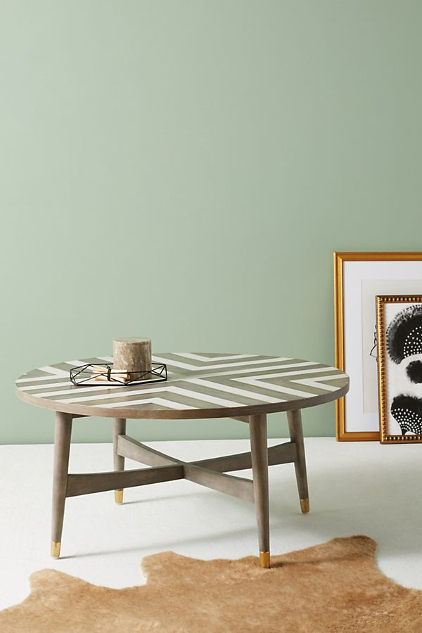 Table Basse Incrustee A Chevrons Anthropologie Fr