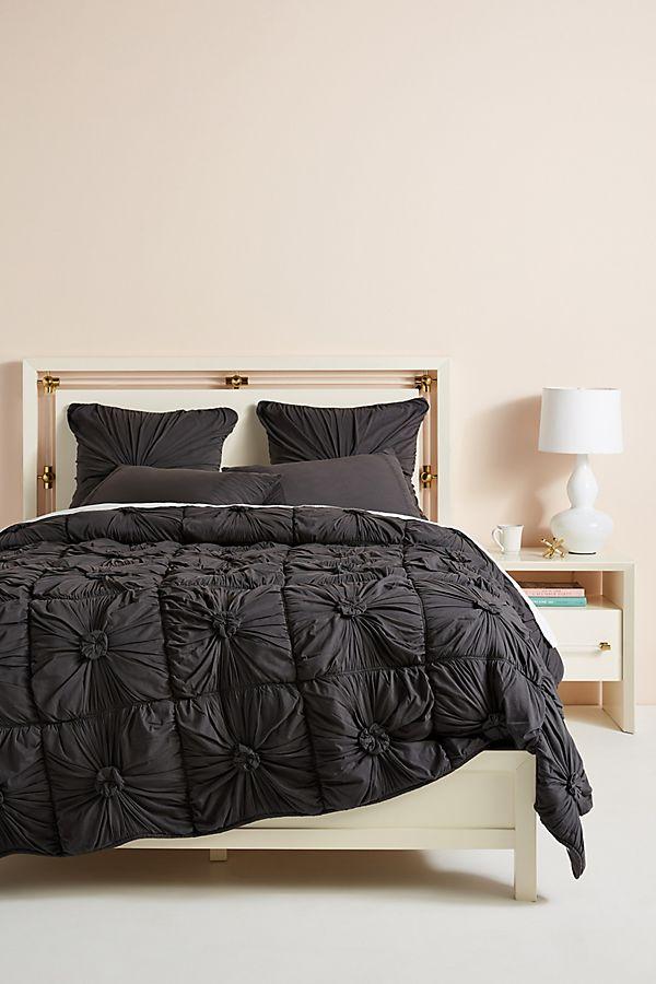 Slide View: 1: Organic Rosette Jersey Quilt