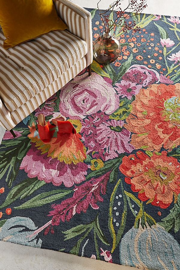Slide View: 2: Tufted Wild Bloom Rug