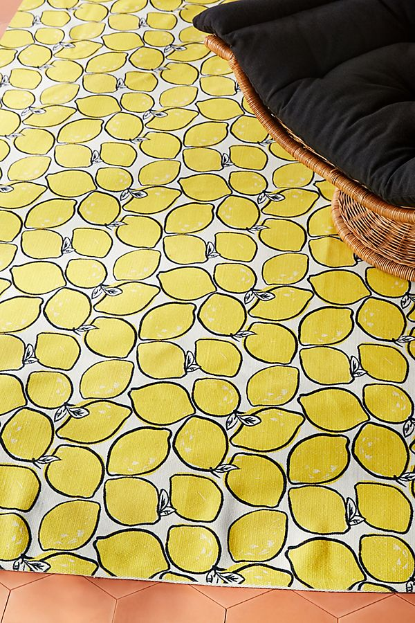 Slide View: 2: Colloquial Indoor/Outdoor Rug
