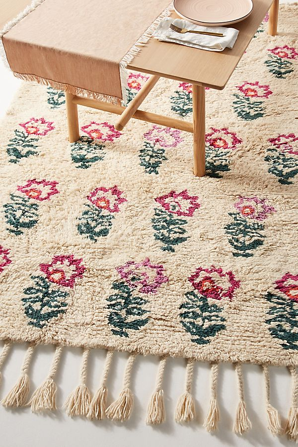 Slide View: 2: Hand-Tufted Andrea Rug