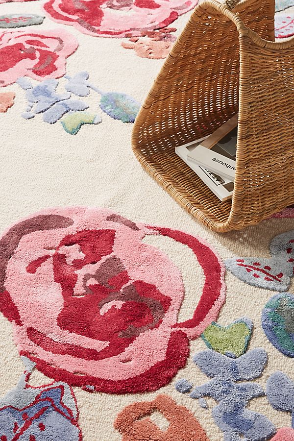 Slide View: 2: Hand-Tufted Flora Lynn Rug