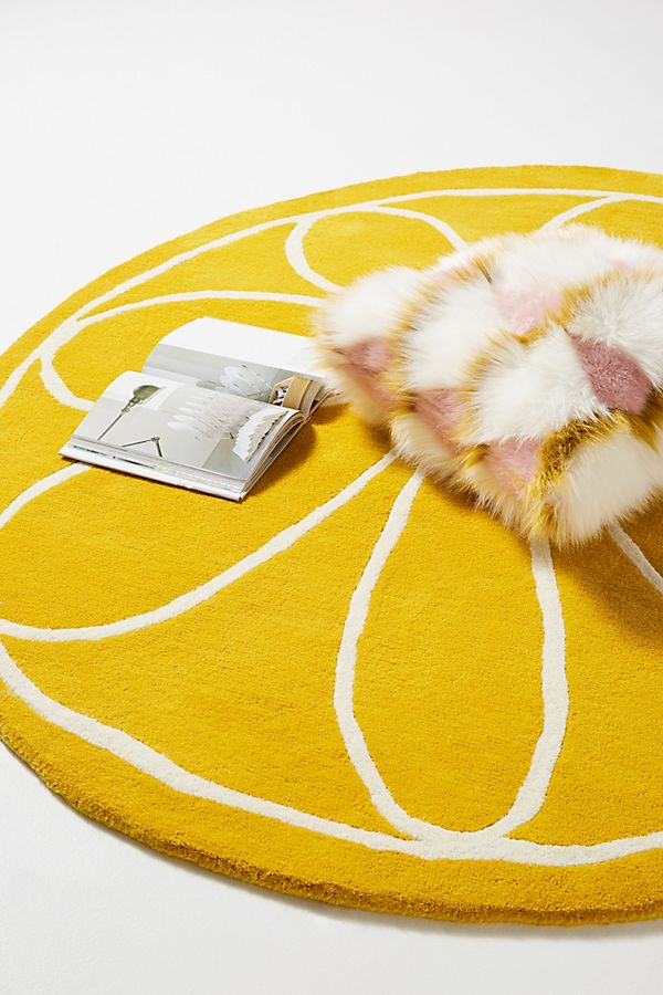 Slide View: 2: Tufted Lucy Rug