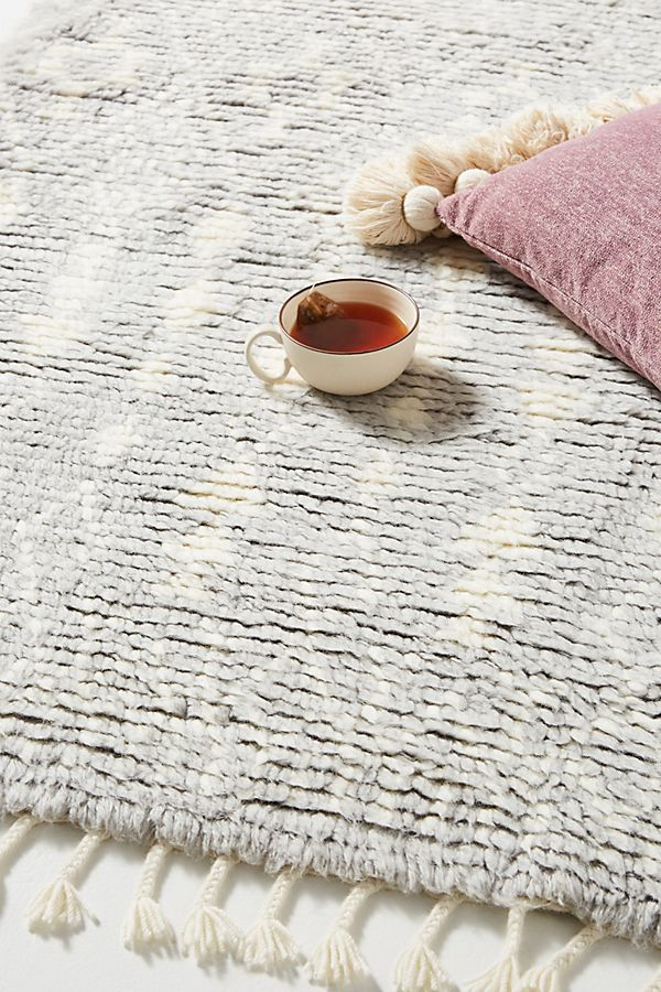 Slide View: 2: Hand-Knotted Selena Rug