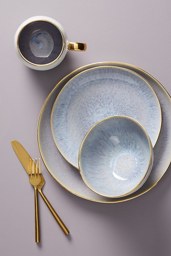 Slide View: 1: Gilded Lilac Dinner Plate