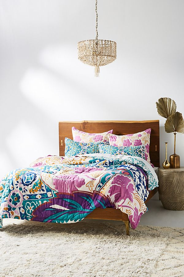 Slide View: 1: Leticia Quilt